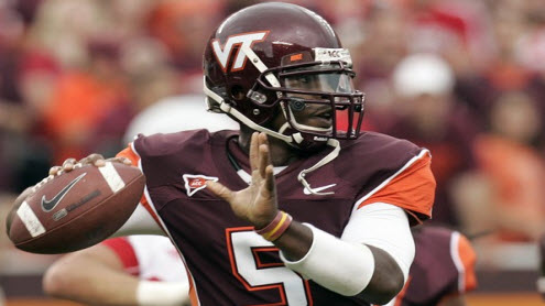 http://www.madduxsports.com/blog/wp-content/uploads/2010/06/tyrod-taylor-virginia-tech-football-9811.jpg