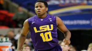 LSU is a 2.5 point home favorite over Tennessee Tuesday in the SEC opener for both schools.