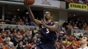 Illinois travels to rival Northwestern in a key Big Ten match-up. The Illini are 3 point road favorites.
