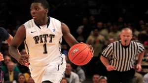 Pittsburgh is a 10.5 point favorite at home against Notre Dame in  a key Big East battle.