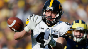 Iowa is a dark horse candidate to win the Big ten West Division in 2014.