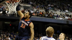 Virginia looks to rebound from their first loss of the season as they travel to the North Carolina Tar Heels Monday.