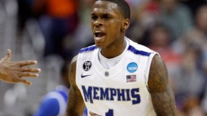 Memphis is a 6.5 point favorite at home against UConn Thursday night in a key AAC battle.