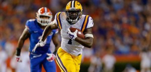 Leonard Fournette and the LSU Tigers are 11-point favorites in Week 1 action against the Wisconsin Badgers.